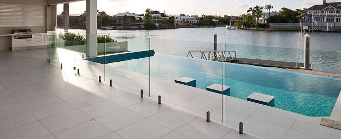 1-Important-tip-to-avoid-ruining-your-DIY-Pool-fencing