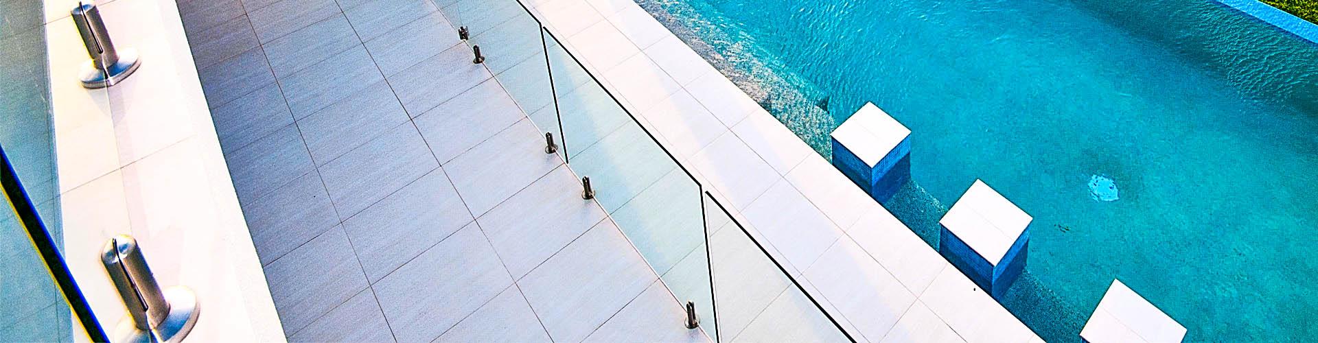 12mm Clear TGH Glass – NO HOLE Frameless – 200mmW x 1200mmH