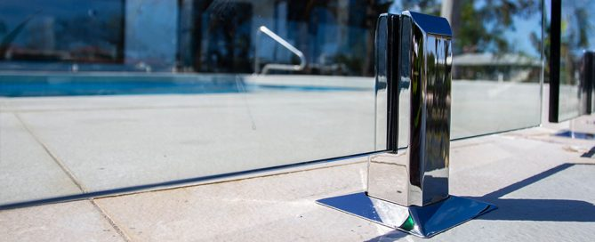 Wholesale Glass Pool Fencing Supplies