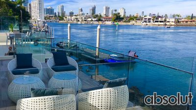 Frameless-Glass-Pool-Fencing-on-the-Gold-Coast